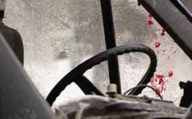 Под Вязьмой в страшном ДТП погиб водитель фургона, водитель фуры ранен