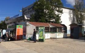 В Смоленске продолжают воевать с ларьками