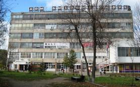 В Смоленске рядом с «Гамаюном» появится большая парковка на 40 мест