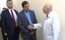 Глава Смоленской области встретился с будущими медиками