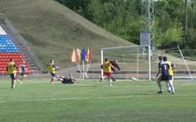 В Смоленске полицейские провели благотворительный футбольный турнир