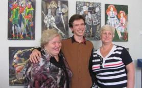 Коллекцию смоленского кутюрье-самородка выставили в Центре культуры