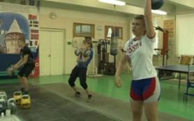 Смоленская школьница Алина Васькина заняла первое место на кубке Европы по гиревому спорту