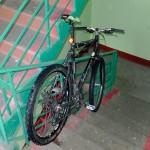 Серийные веловоры открывали подъезды универсальным домофонным ключом