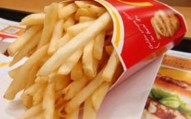 Смоленский «Макдоналдс» оштрафовали за невыданную картошку и сырный соус