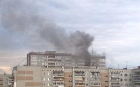 16 человек эвакуировали из горящего дома в Смоленской области