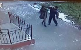 Мужчину, ударившего девушку бутылкой, задержали
