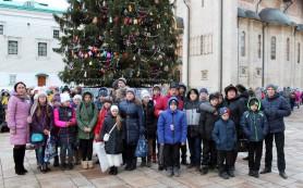 Юные смоляне побывали на Кремлевской Елке