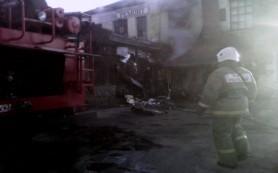 Утром в Смоленске загорелось кафе «Упитанный енот»