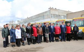 Смоленским школам подарили 15 автобусов