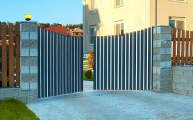 Распашные ворота: удобный и доступный вариант для монтажа на частной и производственной территории