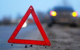 Тройное ДТП под Смоленском: мотоцикл столкнулся с иномаркой и налетел на ВАЗ