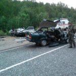 Под Смоленском произошло лобовое столкновение двух легковушек. Есть пострадавшие