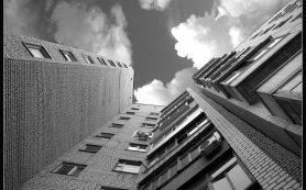 В Сафонове мать годовалого ребенка упала с 9 этажа
