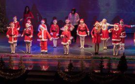 «Лингва» встречает Рождество