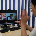 В Смоленской области начала работу бесплатная диспетчерская служба связи для глухих