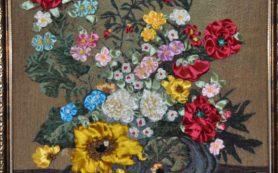 В Смоленске откроется выставка картин, вышитых лентами