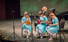 «Смоляночки» выступили в Большом театре