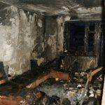 Смолянин едва не сгорел в квартире