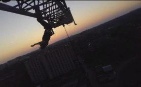 Смолянин снял на видео «смертельный номер» на башенном кране