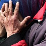 Смолянину, ударившему пенсионерку, грозит колония