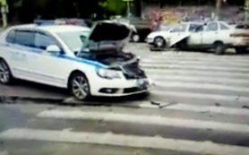 В Сети появилось видео последствий «полицейской аварии» в Смоленске