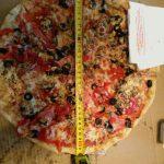 Размер имеет значение. Смоляне жалуются на недовес пиццы