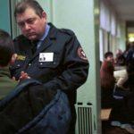 Денег нет: в смоленской школе №30 убрали охрану