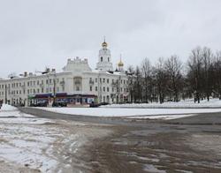 В райцентре Смоленской области чиновники требуют провести гарантийный дорожный ремонт