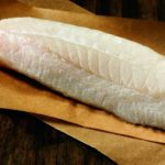 Фосфаты и лед вместо рыбы. В смоленских магазинах продают треску с микробами