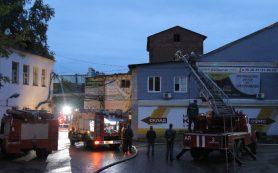 В Смоленске ночью сгорел склад