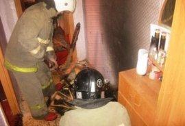В Сафоново из-за мусора загорелась квартира в жилом доме