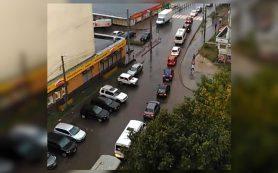 «Киселевка – стоямба». Жители смоленского микрорайона стоят в пробке