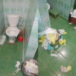 Общежитие СмолАПО «утонуло» в мусоре
