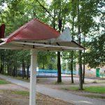 В райцентре Смоленской области ищут вандалов, разгромивших детскую площадку