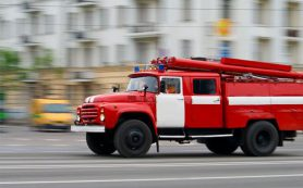В Смоленске на улицу Толстого выезжали огнеборцы