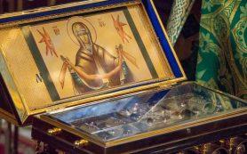 В Смоленск доставили ковчег с частицей Пояса Пресвятой Богородицы