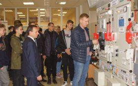 Смоленскэнерго открыли двери Смоленского городского РЭС для студентов