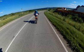 Под Смоленском угонщик спрятал мотоцикл в кустах, но был пойман