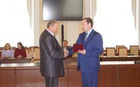 Сотруднику Смоленскэнерго присвоили звание Заслуженного энергетика РФ