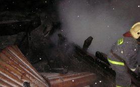 Загорелся подвал жилого дома в Смоленской области