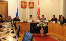 Глава Смоленской области не продлил контракт с заместителем Оксаной Лободой