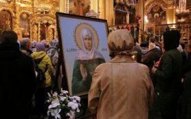 Икону с частицей мощей Матроны Московской доставят в Смоленск