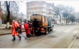В Рославле несовершеннолетний водитель пытался дать взятку полицейскому