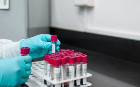 Одну смерть смолянина с коронавирусом подтвердили за сутки