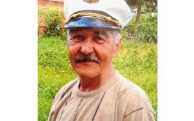 В Смоленской области ищут пенсионера в белой бейсболке
