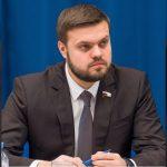 Госдума одобрила законопроекты в поддержку новой Конституции