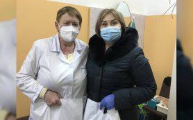 В преддверии Нового года ярцевским врачам подарили подарки