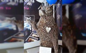 В Смоленске скульптор создал макет памятника псу Полкану