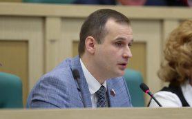 Сергей Леонов укрепил свои позиции в рейтинге сенаторов
